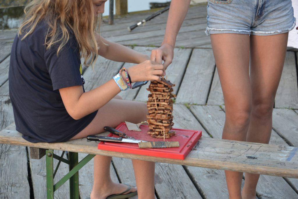 Budo das bunte dorf Schwerpunkt Nutellabrot Jenga projektwochen projekttage schulprojektwochen schullandwochen ferienlager freispiel sommerferien mira novy