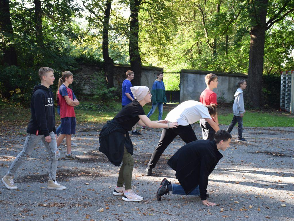 Kennenlerntag Kooperationsspiel Porjekttage Projektwochen Schullandwochen Schulprojektwochen Freispiel Doris Poetscher Hasslinger